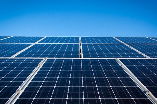 Zonnepanelen moeten Overbetuwe energie geven